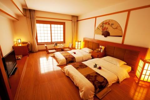 http://img4info.modetour.com//1690310/CHINABUSAN/CHINABUSAN/HUASAN.jpg